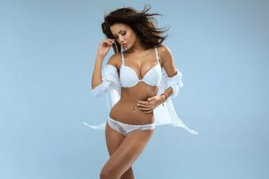 Cosmetic surgery for hourglass figure in Miami